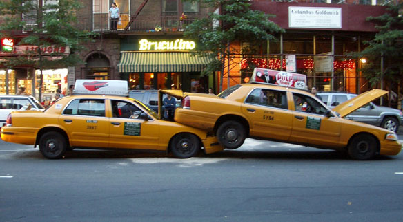 taxi-accident_100333037_m